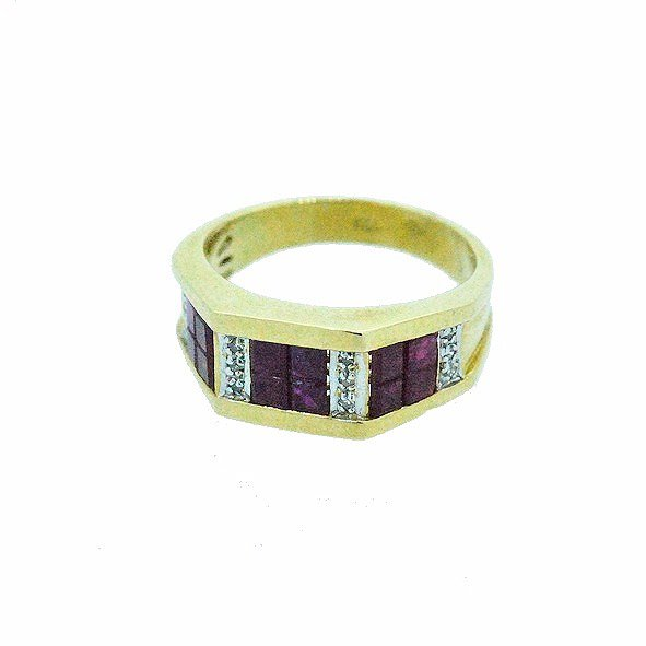 bague rubis et diamants or jaune 750/1000 7.00gr